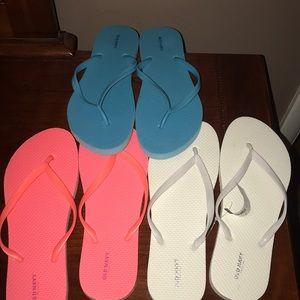 Ladies Size: 10 Flip Flops (Selling as a Set)